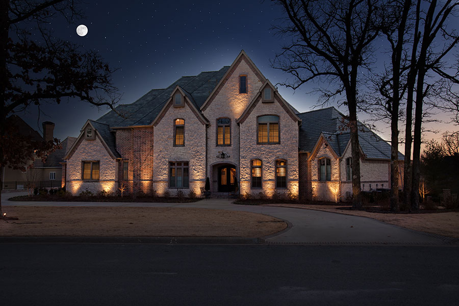 Northwest Arkansas Landscape Light Installation