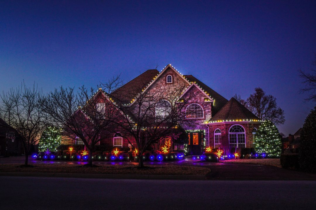 residential Christmas lights