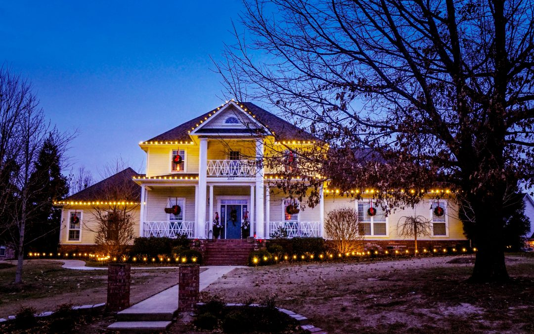 Custom Christmas Lighting in Fayetteville